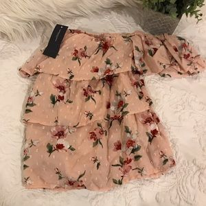 NWT American Eagle Off the Shoulder Ruffle Top xs